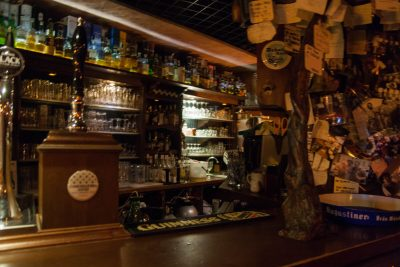 The other side of the bar at Birrifugio Trastevere