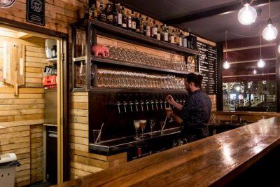 The bartender at Het Klooster hard at work
