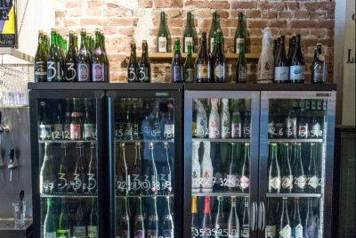 The fridges with bottles of sours at Foeders